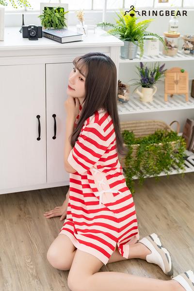 休閒洋裝--舒適圓領百搭條紋側腰編織顯瘦涼感針織洋裝(黑.紅XL-4L)-U510眼圈熊中大尺碼