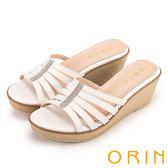 ORIN 夏日耀眼時尚 水鑽排列飾釦牛皮楔型涼鞋-白色
