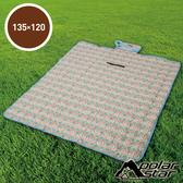 【PolarStar】多功能防潮睡墊/野餐墊/休閒墊/遊戲墊 - 防水PE鋁膜.可機洗 P17708 『幾何拼布』135X120cm