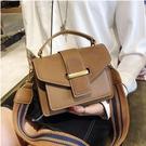 複古女性小包包 2018新款 簡約休閒包包 女生寬肩帶手提包 韓版百搭包包 單肩包 斜背包潮女包