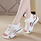 女鞋運動涼鞋2021夏季新款鏤空平底ins潮百搭厚底鬆糕休閒鞋子女 快速出貨