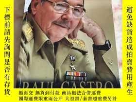 二手書博民逛書店Raul罕見Castro, un hombre en revol