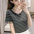 中大尺碼 短袖t恤女寬鬆棉質夏季韓版百搭條紋蕾絲拼接性感上衣 FR7032【每日三C】