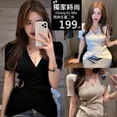 克妹Ke-Mei【AT59651】韓國名媛深V交叉美胸釦環短袖針織上衣