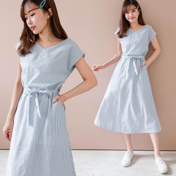 MIUSTAR V領直條附綁帶隱藏口袋棉麻洋裝(共1色)【NJ1145】預購