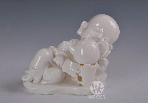 小沙彌擺件陶瓷工藝品側坐