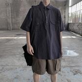 男士短袖 夏季復古豎條紋短袖襯衫男潮牌個性寬鬆休閒五分日系ins中袖襯衣【快速出貨】