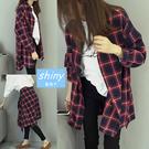 【V1381】shiny藍格子-韓範百搭.學院風格子寬鬆中長款襯衫外套