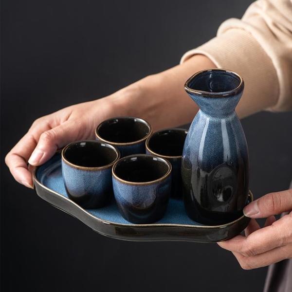 日本清酒酒具陶瓷白酒分酒器燒酒杯古風酒盅溫酒器日式清酒杯套裝 「夢幻小鎮」