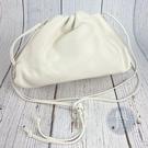 BRAND楓月 Bottega Veneta BV 白色 皮革 皮質 雲朵造型 手拿包 肩背包 側背包 時尚可愛