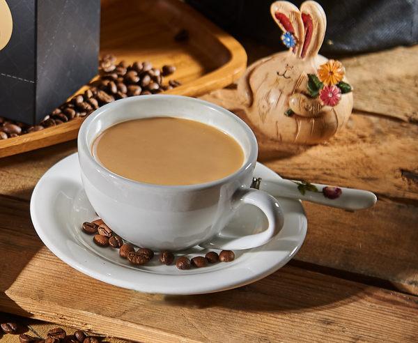 【白咖啡坊】熱賣 (無糖)原味白咖啡 盒裝5入 定價160元 會員價150元 團購價每盒140元