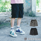 【OBIYUAN】短褲 抗皺 彈力 休閒寬鬆 大口袋 工裝短褲 共2色【Y005】