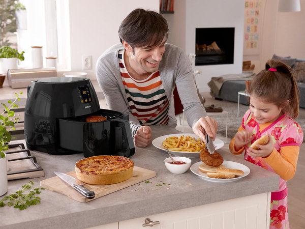 PHILIPS 飛利浦 數位觸控式免油氣炸鍋 頂級黑色款 HD9240 / HD-9240