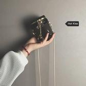 水桶包 透明果凍包女新款韓版簡約百搭鍊條側背斜背包時尚網紅水桶包 伊羅鞋包