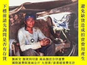 二手書博民逛書店True罕見Stories of Teen Homelessne