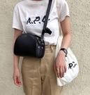 ■專櫃83折■ 全新真品■A.P.C. Paris 經典 Demi Lune 小款 半月型Saffiano皮革斜背包 黑色