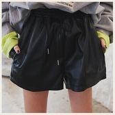 ✦Styleon✦正韓。百搭大口袋伸縮腰抽繩寬管皮短褲。韓國連線。韓國空運。0313。