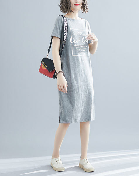 【YOUNGBABY中大碼】方框CEST下開叉口袋棉質洋裝.黑/灰(38-52)