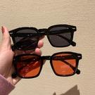 網紅同款復古方形太陽眼鏡韓版女顯臉小百搭墨鏡潮男時尚個性眼鏡 快速出貨