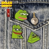 惡趣味青蛙胸針