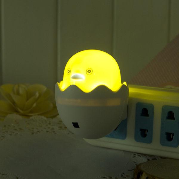 【黃鴨小夜燈】省電節能LED感應光源燈 小鴨感應燈 蛋殼光控燈 廁所燈 插電式床頭燈 夜光燈