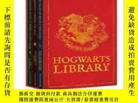 二手書博民逛書店【罕見稀缺版本 】The Hogwarts Library Bo