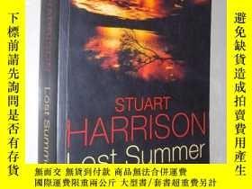 二手書博民逛書店【英語原版】罕見Lost Summer by Stuart Ha