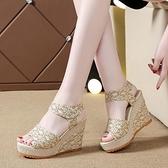 魚口鞋 2021夏季新款百搭坡跟魚嘴涼鞋女高跟鬆糕厚底露趾女鞋 風尚