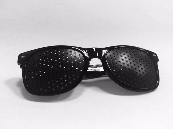 多孔小孔眼鏡-黑色圓型(預防近視度數加深. 舒緩眼部疲勞)