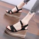 厚底涼鞋 坡跟厚底涼鞋女夏季防水臺簡約2021新款時尚鬆糕防水臺高跟鞋百搭