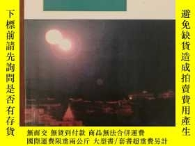 二手書博民逛書店Under罕見this Blazing LightY117832