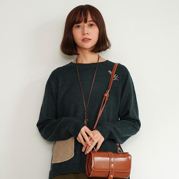 【慢。生活】輕文藝口袋拼接柔軟針織衫 0210 FREE深綠色