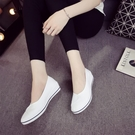 一字牌護士鞋女白色坡跟軟底牛筋底美容鞋平底夏季防臭透氣小白鞋 【端午節特惠】