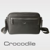 【Crocodile】WIND系列皮配布直式斜背包 0104-6003