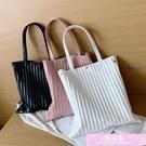果凍包 包包洋氣女包2021新款潮韓版簡約手提包果凍坑條紋側背包休閒包包 裝飾界