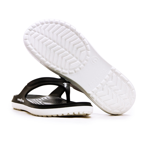 LIKA夢 GOODYEAR 固特異 防水輕量彈力休閒運動夾腳拖鞋 乘風踏浪系列 黑白 93769 男