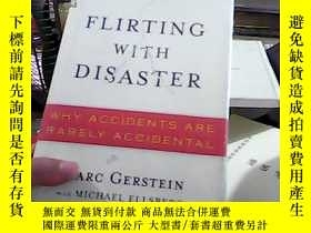 二手書博民逛書店FLIRTING罕見WITH DISASTER19587 MAR