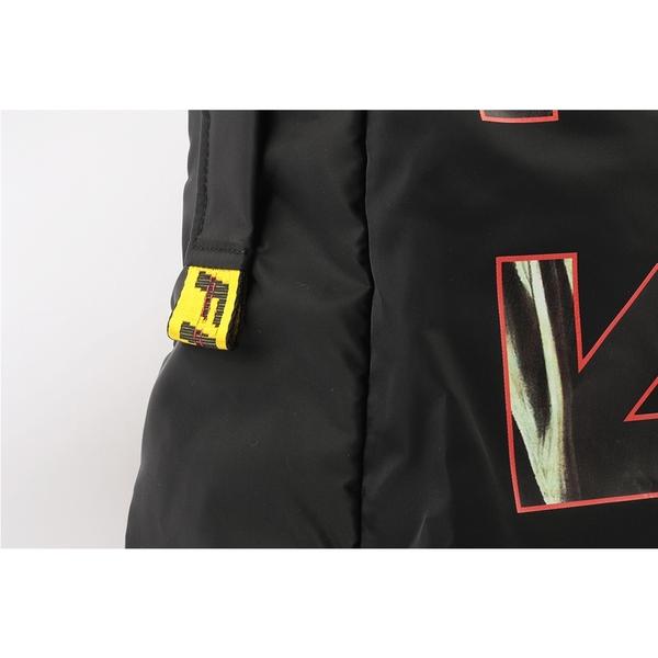 【OFF-WHITE】CARAVAGGIO 米開朗基羅箭頭後背包(黑色/紅色) OMNB019R21FAB002 102