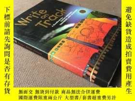 二手書博民逛書店Write罕見on Track: A Hand Book for