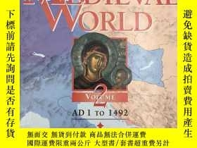 二手書博民逛書店The罕見Medieval World: AD 1 to 149