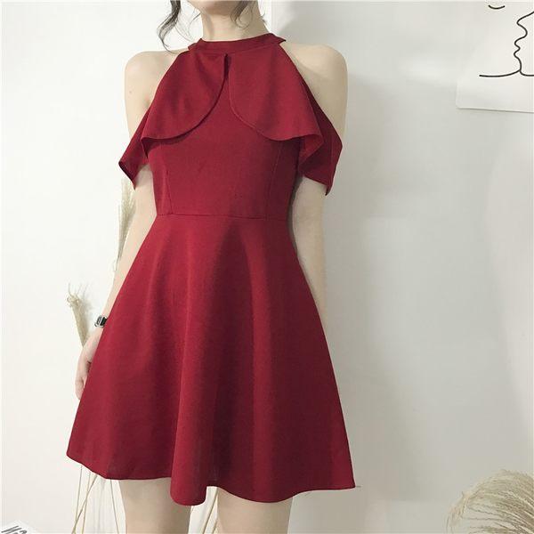VK旗艦店 韓系簡約短版荷葉掛脖派對小禮服短袖洋裝