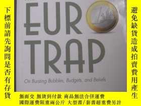 二手書博民逛書店THE罕見EUR TRAP On Bubbles,Budgets