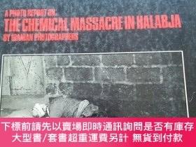 二手書博民逛書店A罕見photo report on The chemical massacre in Halabja. by I