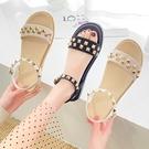 涼鞋.韓版街頭率性鉚釘繞踝平底涼鞋.白鳥麗子