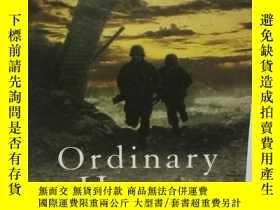 二手書博民逛書店Ordinary罕見Heroes by Scott Turow