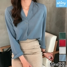 【V3185】shiny藍格子-溫柔氣質.純色裝飾V領長袖雪紡襯衫