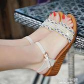 厚底楔形涼鞋雪地意爾康新款中跟厚底大碼休閒旅游串珠防滑厚底楔形女涼鞋 海角七號