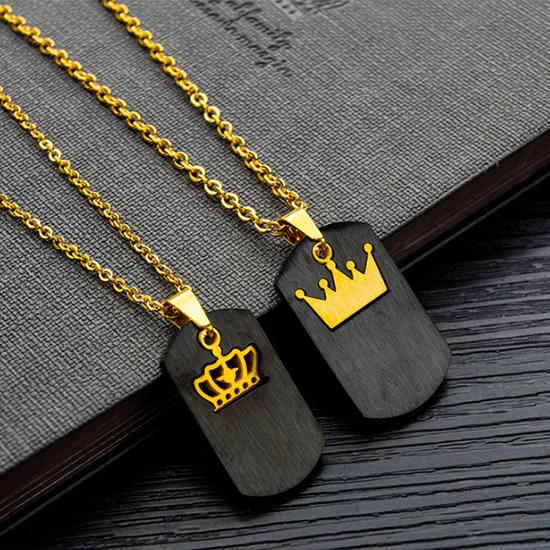 《 QBOX 》FASHION 飾品【C19N1526】精緻個性情侶軍牌皇冠鑲鑽鈦鋼墬子項鍊(二色)