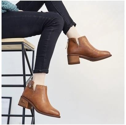 小鄧子女鞋秋冬2017新款高跟小短靴女英倫鉚釘尖頭馬丁靴百搭時尚棉靴子