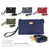 《高仕皮包》【免運費】OMC輕量手拿包 斜背包OMC82859